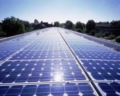Fotovoltaico, arriva la grid parity per le imprese: energia dal Sole a prezzi competitivi (quasi) senza incentivi