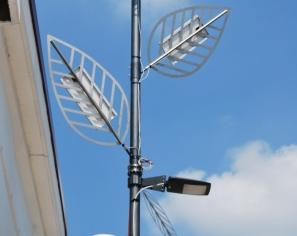 Lampione a LED con inseguimento solare